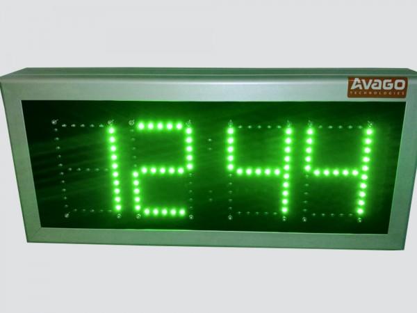 Afisaj electronic 440mm x 195mm,digit 60 x 100, intrare 4-20mA, afisare ora si presiune