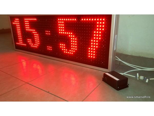 Afisaj electronic 1190 x 410 cu dispozitiv de comanda ETHERNET