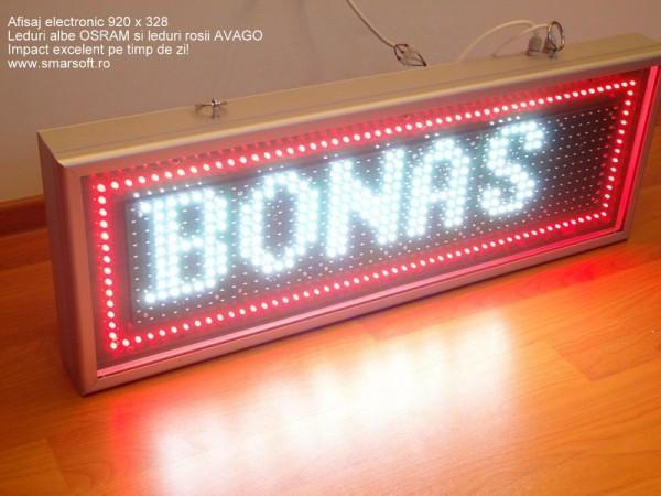 Afisaj cu LED-uri 920 x 328, bordare LED-uri exterior, DP 16mm