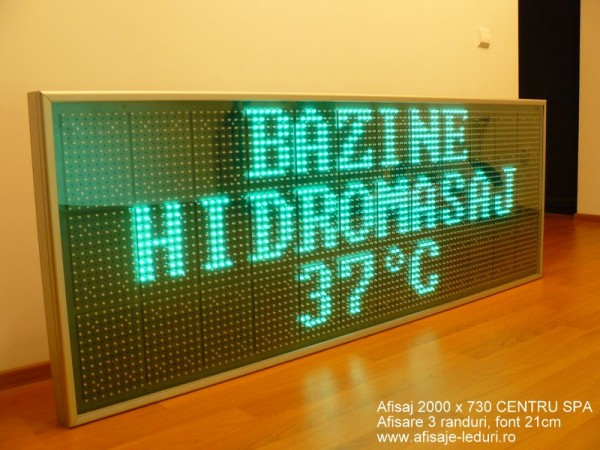 Afisaj cu LED-uri 2010 x 750, afisare 3 randuri