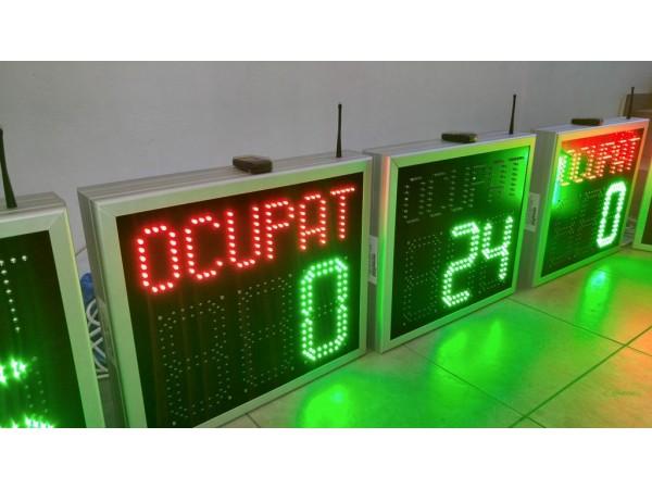 Afisaj electronic cu LED-uri pentru contorizare locuri libere PARCARE, telecomanda radio