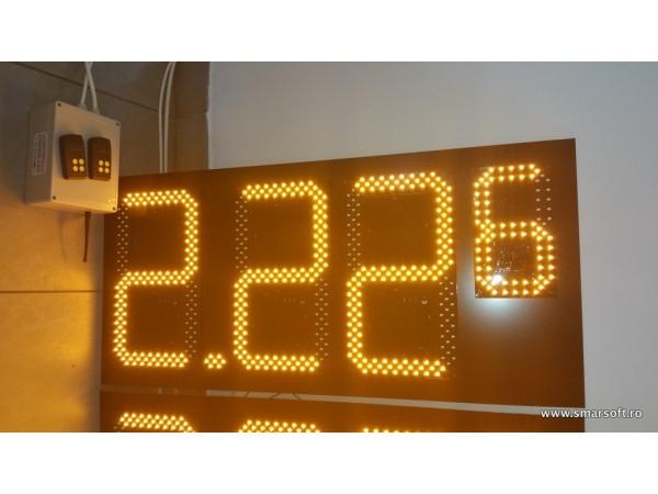 Pret BENZINARIE format X.XXx, LED-uri galbene OSRAM