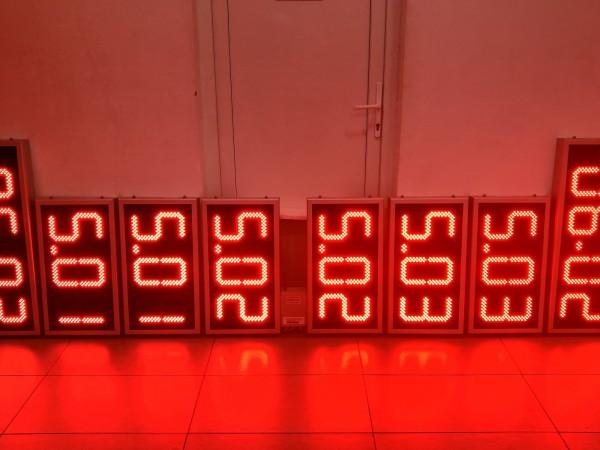 Sistem electronic cu LED-uri pentru BENZINARII format din ceasuri ODT si afisaje X.XX digit 120x225