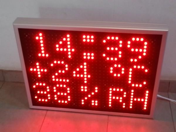 Afisaj electronic 750 x 570, 3 randuri, afisare UMIDITATE RELATIVA