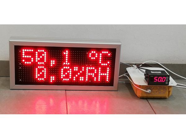 Afisaj cu LED-uri 520mm x 240mm, DP10,  afisare temperatura si umiditate